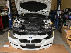 BMW F31 バンパー交換
