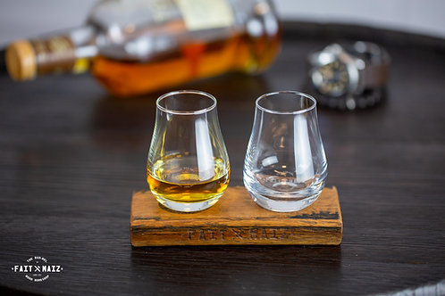 Whisky glass and stand