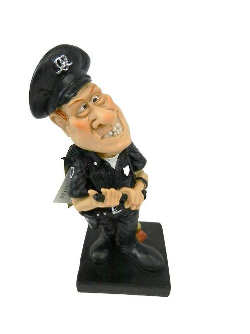 פסל שוטר קטן