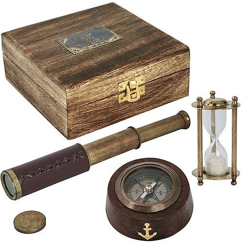 סט כולל מצפן, שעון חול וטלסקופ בקופסת עץ וינטג'
