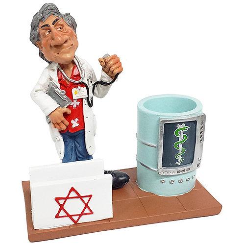 מעמד פסל רופא עם כוס לעטים ומעמד כרט´ ביקור