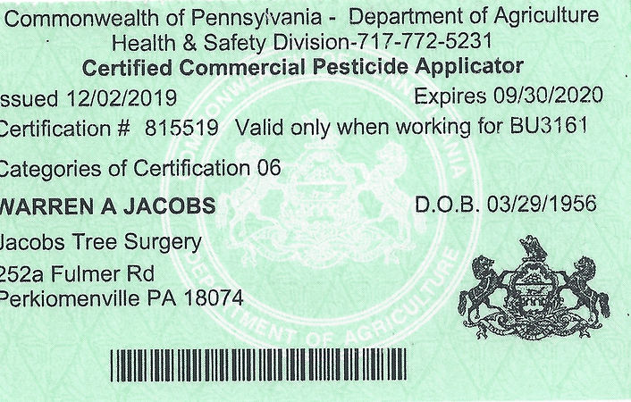 Pesticide%20applicator%20license_edited.