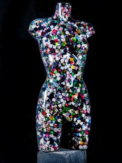 edición de gorro de spray de busto femenino de tamaño natural.j