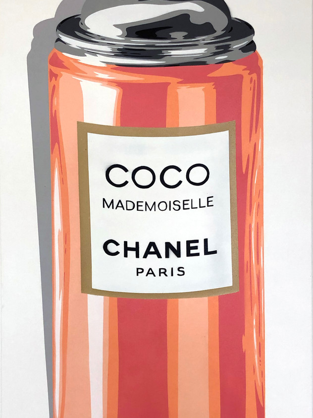 "40 ""X 20""COCO MADMOISELLE SPRAY"