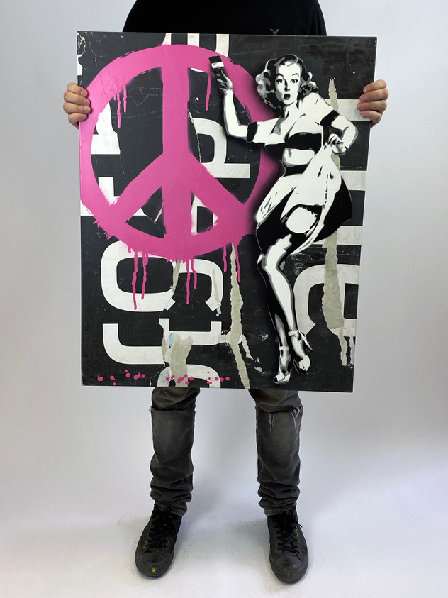 "30 ""X 24"" PEACE PIN UP PINK"