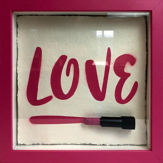 LOVE CHANEL LIPSTICK PINK