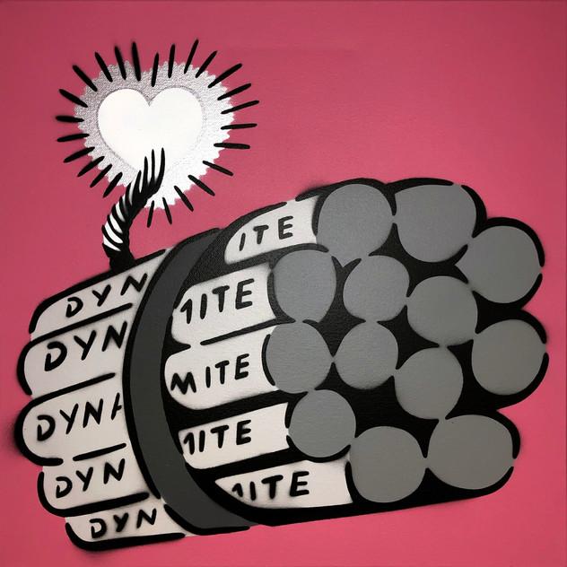 50 x 50 cm Dynamite Love Bomb Grey / Chrome / Pink