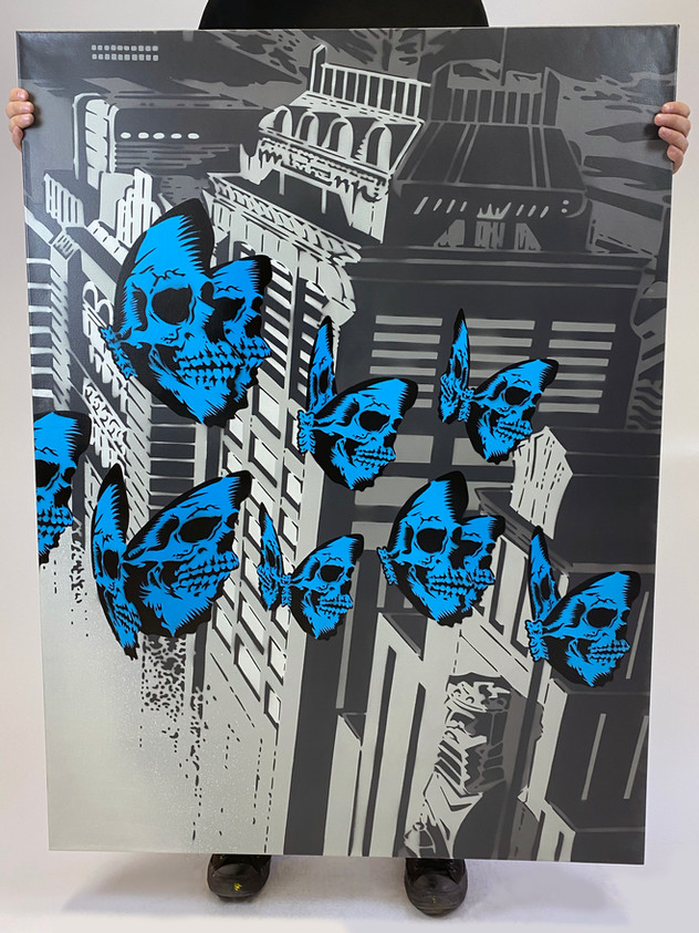 "48 ""X 36"" SKULLERFLY CITY RIGHT"