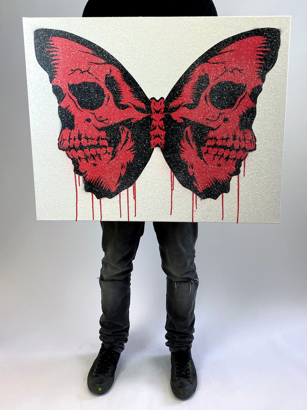 "30 ""X 24"" SKULLERFLY DIAMOND DUST LOLLIPOP"