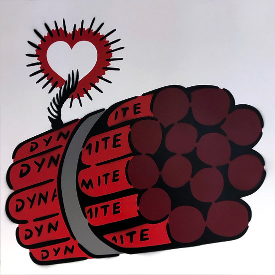 LOVE BOMB RED WHITE CANVAS 50 x 50 CM