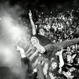 Aewon crowd surf low res.jpg