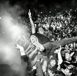 Aewon crowd surf low res.jpg