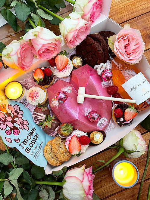 Mother's day Smash Heart Box