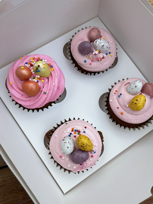 4 Easter cupcakes