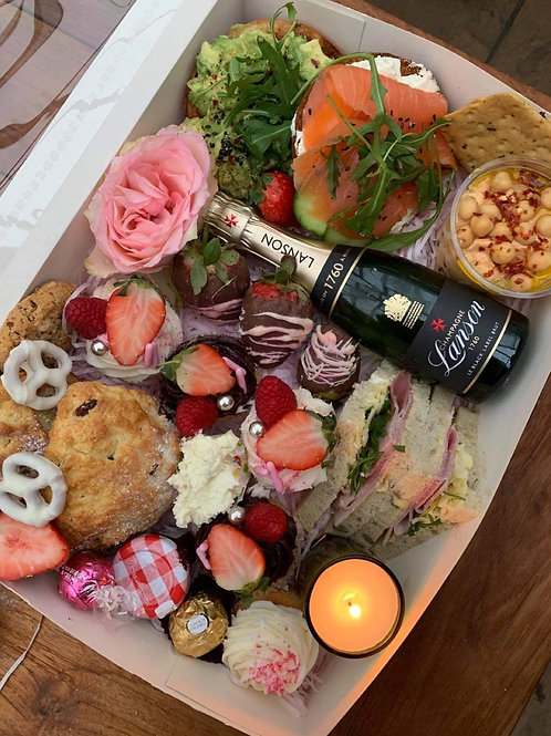 Mothers Day Afternoon Tea Box