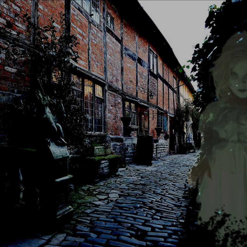 ghostgirl&courtyard