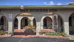 Office Front  Daniel Huigens DDS