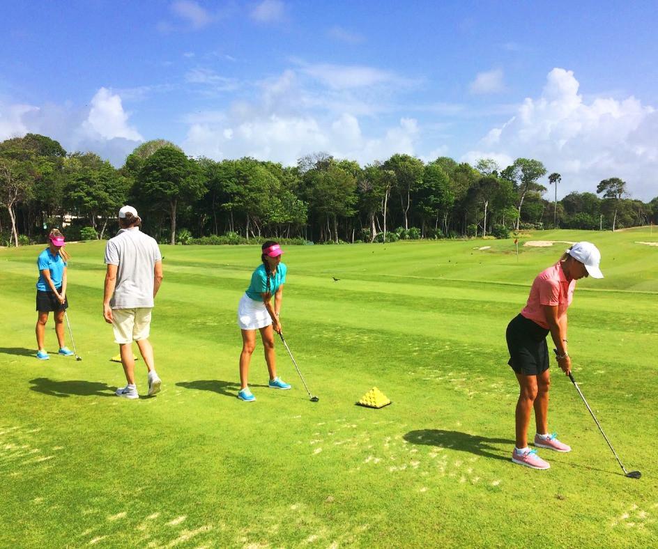 Clínica de golf Bahia Principe Riviera Maya Golf Club.