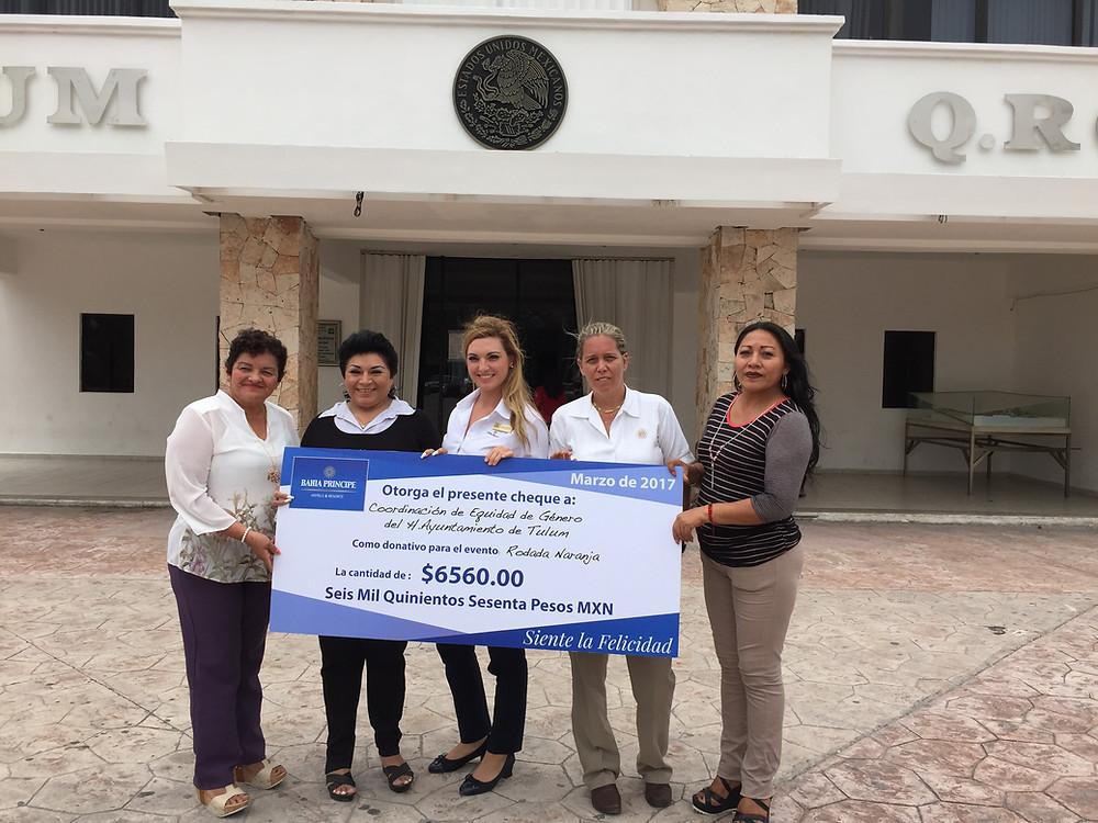Entrega Cheque donativo: por parte de Bahía Príncipe Riviera Maya Resort