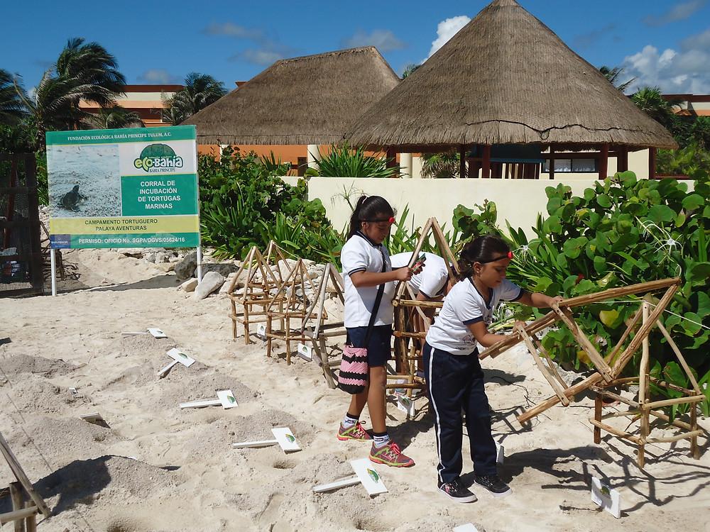 La Primaria Matilde Montoya &  Bahia Principe Riviera Maya Resort conmemoraron el Día Mundial de la Limpieza de Playas.