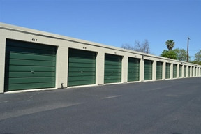 Warehouse Storage for sale at 215 Wynne St. Houston, TX 77009 · 34,480 SF · Industrial For Sale  $3,
