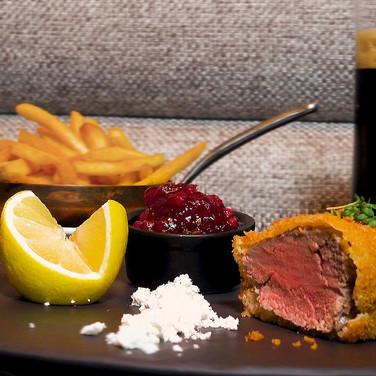 DOOR-NO-8-STEAKHOUSE-Steak-Schnitzel.jpg