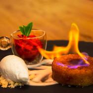 DOOR-NO-8-STEAKHOUSE-Dessert-flambierter