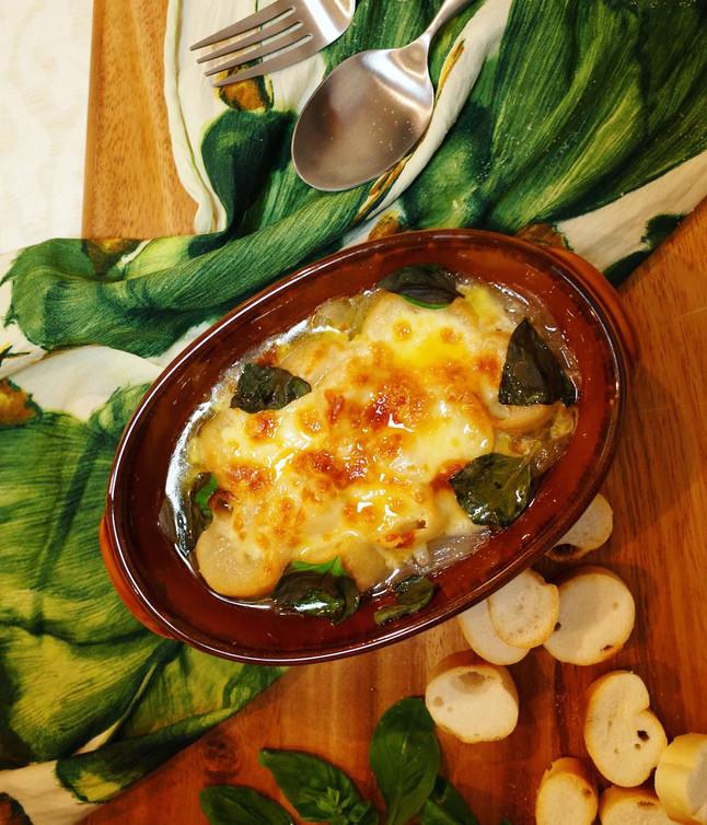【EAT×ART】お麩のオニオングラタンスープ
