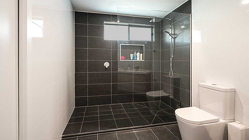 Frameless_Glass_Shower_Screen_Panel-Ensu