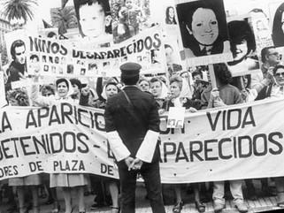 DESAPARICIONES EN DEMOCRACIA: EL CASO DE SANTIAGO MALDONADO Y LA CONSTRUCCIÓN DE UN ARCHIVO VISUAL D