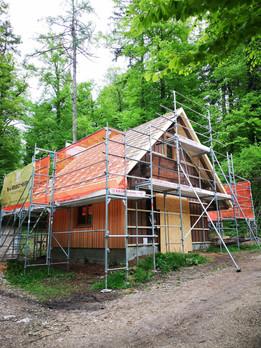 Bärenhütte im Bau 3.jpg