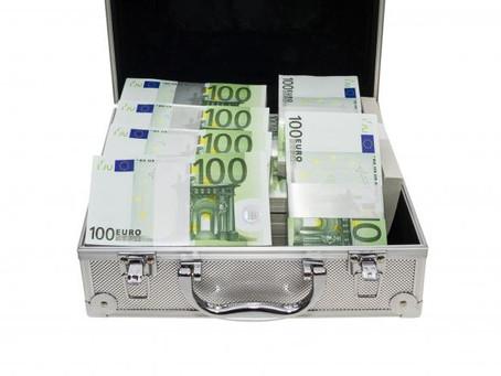 """Un Agent de change escroqué par """"son ami"""" magicien pour environ 55.000 e"""