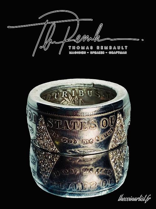 Bague Dollar Morgan Argent de 1921 sertie de 40 diamants