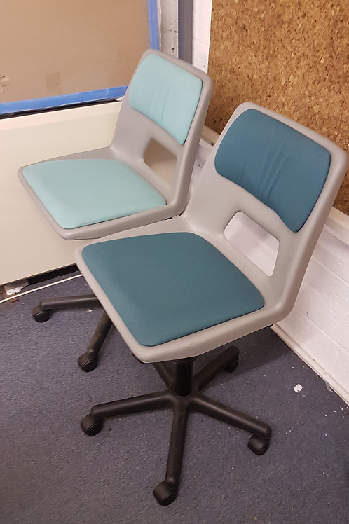 Height adjustable School Swivel Chairs Plastic And Fabric Seat. 10 available
