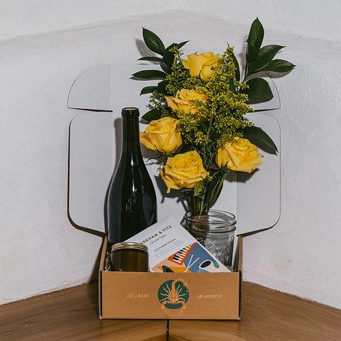 Valentines Day Florals & Wine Pairing Gift Set