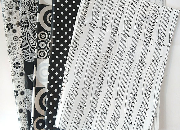 Decopatch paper pack - Black and White