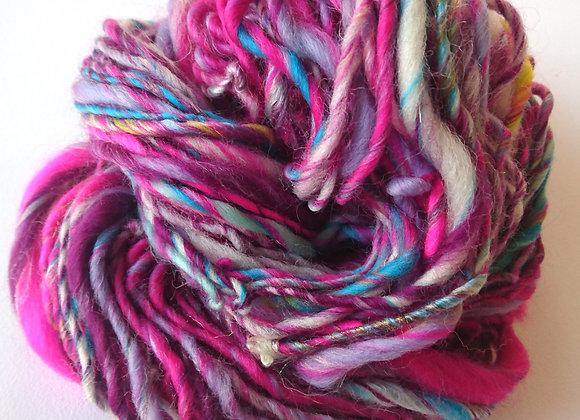 Feel the passion, hand spun, single ply art yarn