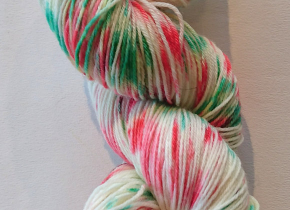 Festive red/green speckled Christmas yarn