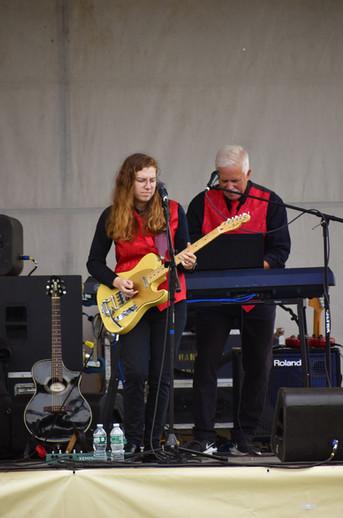 Izzy & Tom, Woodstock Fair 2021.jpg