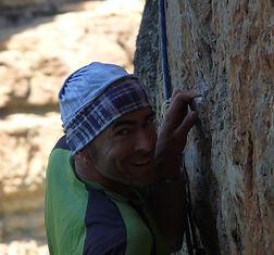 ludovic pinel moniteur spéléologie escalade vtt randonnée orientation