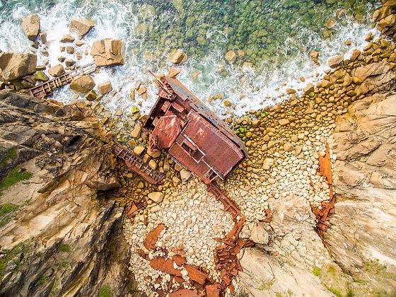 Rust and rocks