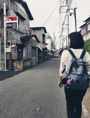 一個人的路,可以不孤獨。因為知道有你們舉著燈,照亮道路。