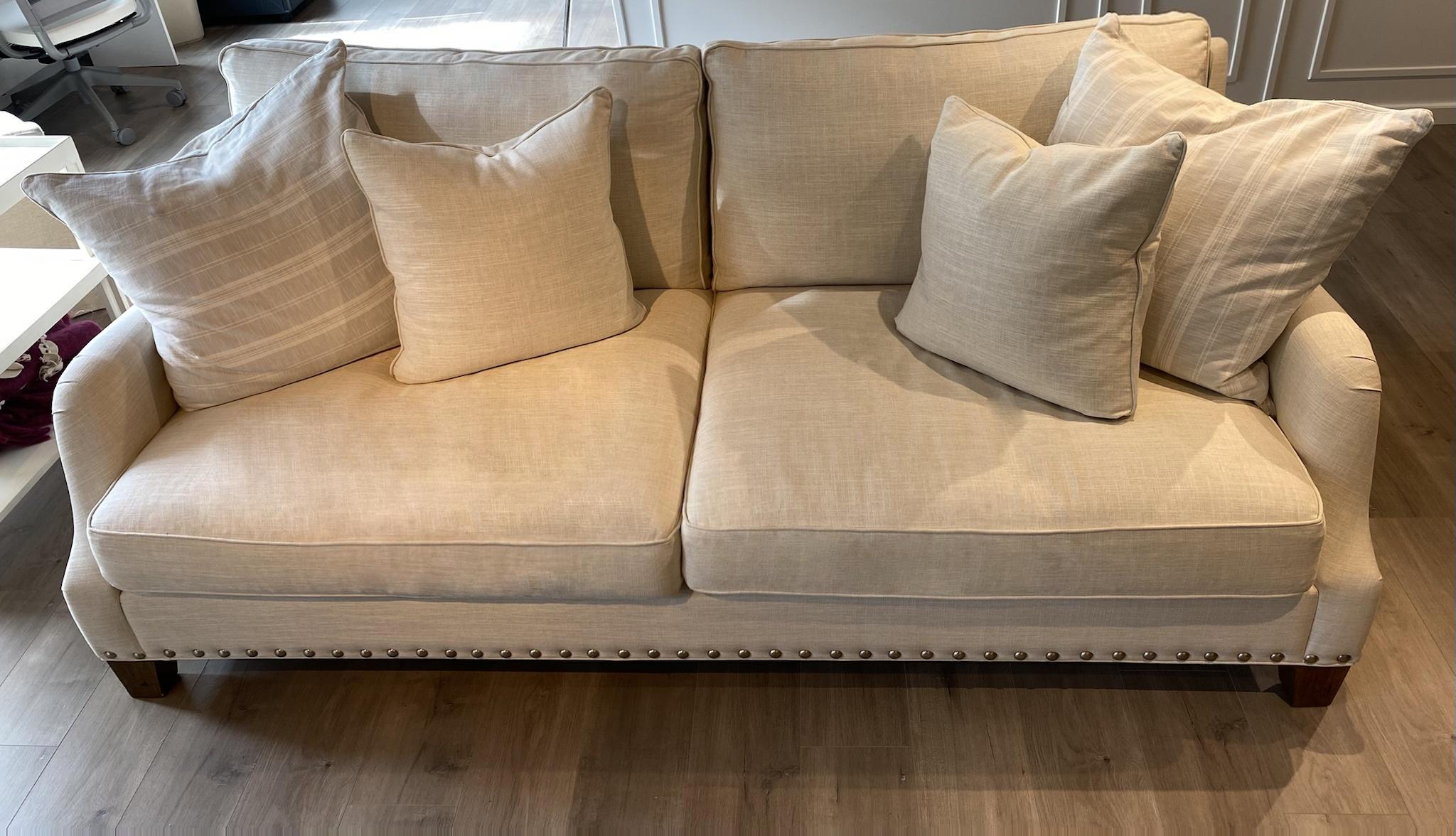 $1,800 - Sofa