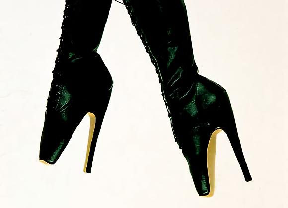 Matte Black Knee-high Leather Ballets