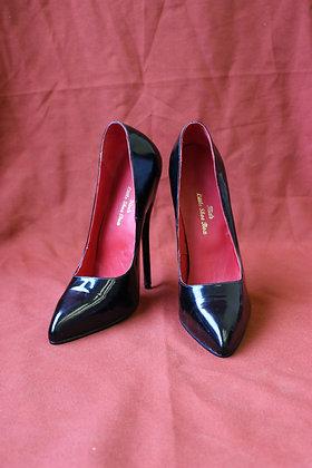 2018 Black Patent Court Shoes