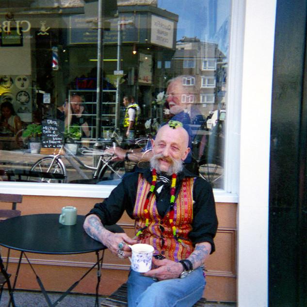 Donald Hayden Café Mansmallres.