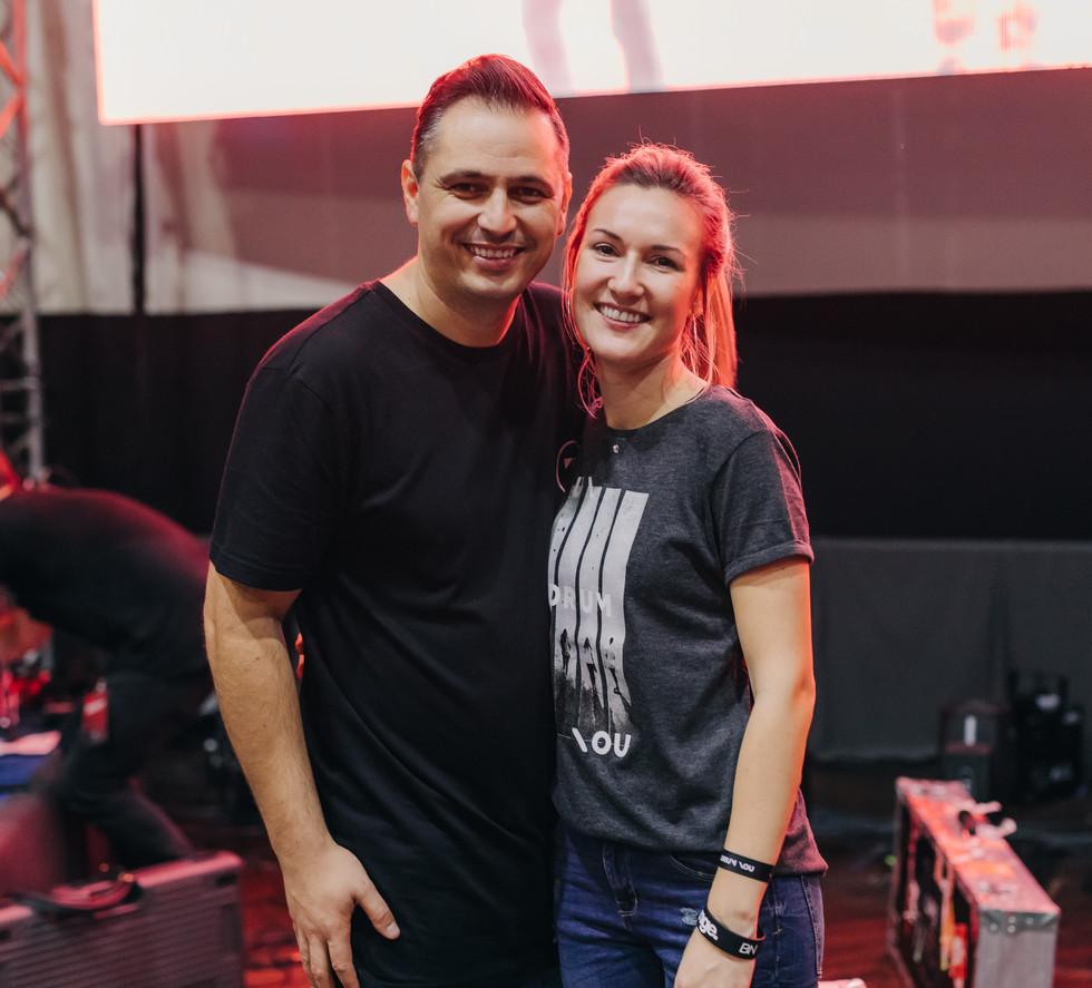Pastor Ninio & Lore Decean