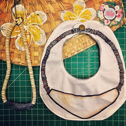 Sinåhi Necklace Bib
