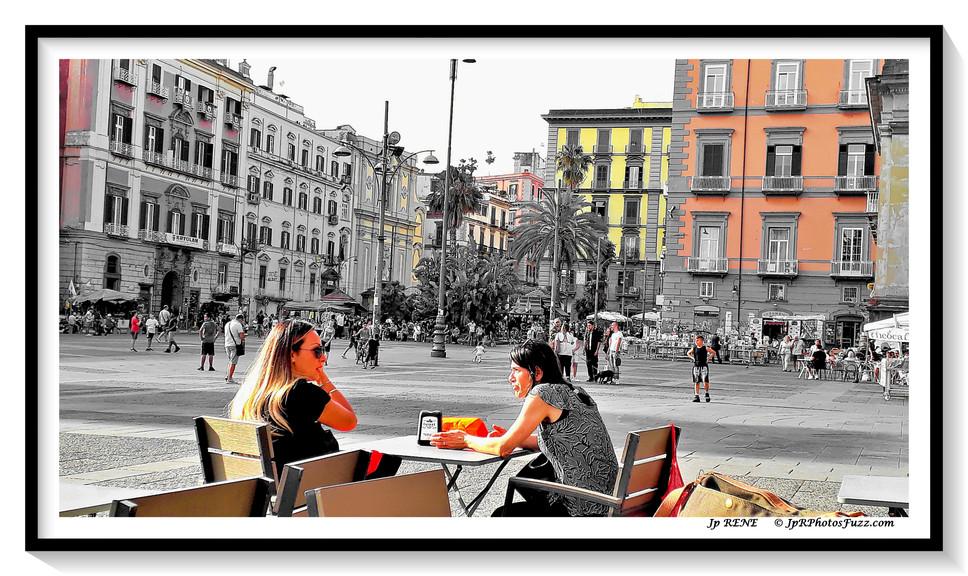 Napoli, Piazza Dante...