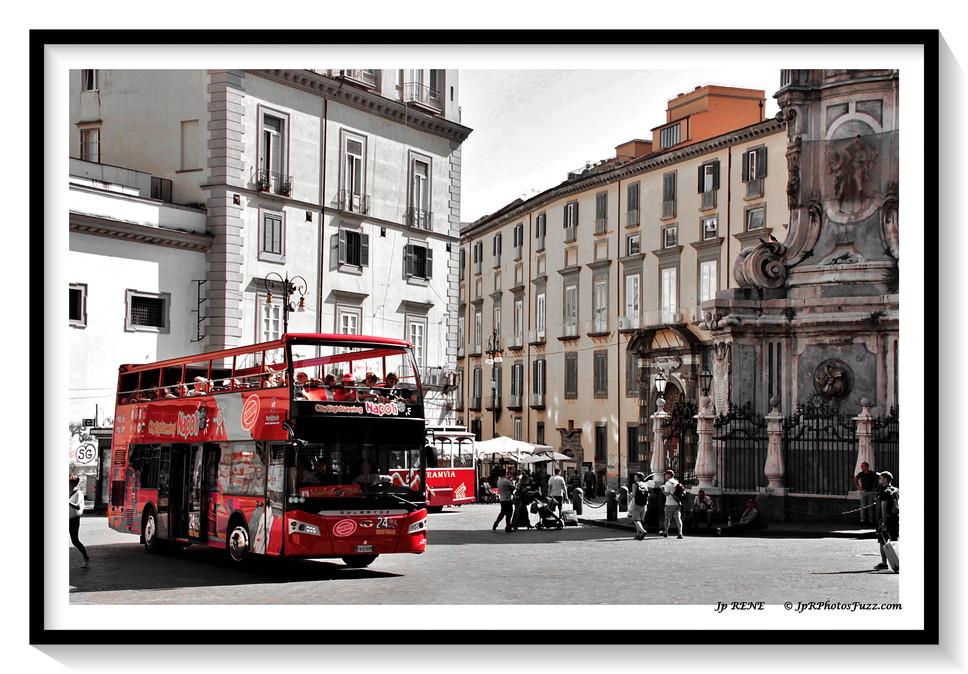 Nappoli, autobus...